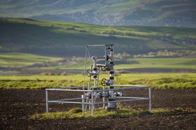 ANP e Energy Paranã assinam contratos de cinco blocos de exploração e produção de petróleo