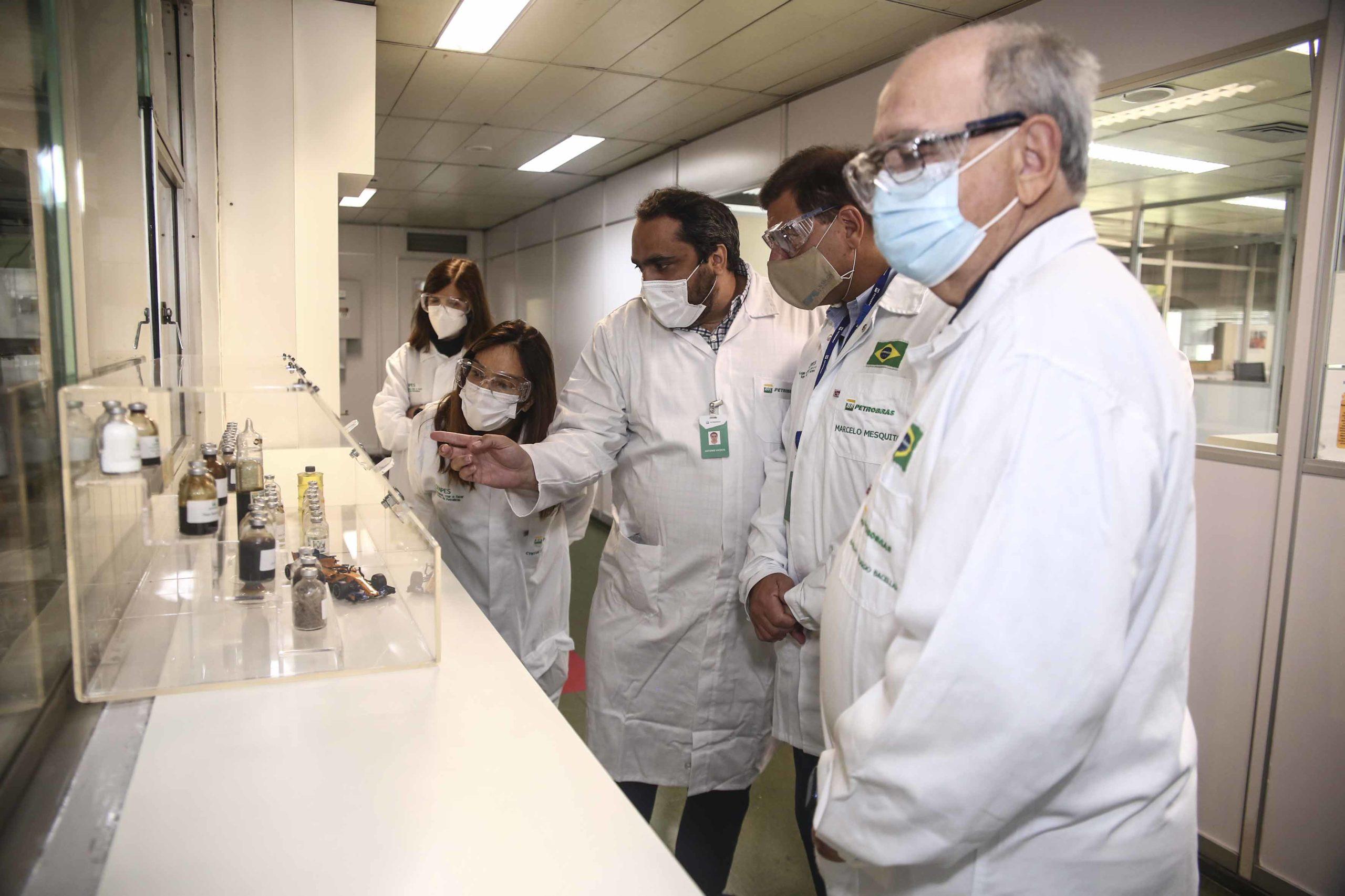 Conselheiros da Petrobras visitam o Cenpes, maior centro de Pesquisas e Desenvolvimento da América Latina